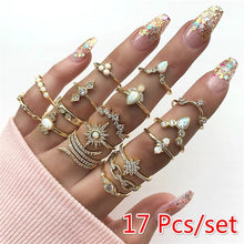 Load image into Gallery viewer, 17 Pcs/set Women Fashion Wedding Ring Gold Geometric Crystal Diamond Carved Anise Star Knuckle Ring Set Charm Party Jewelry Accessories