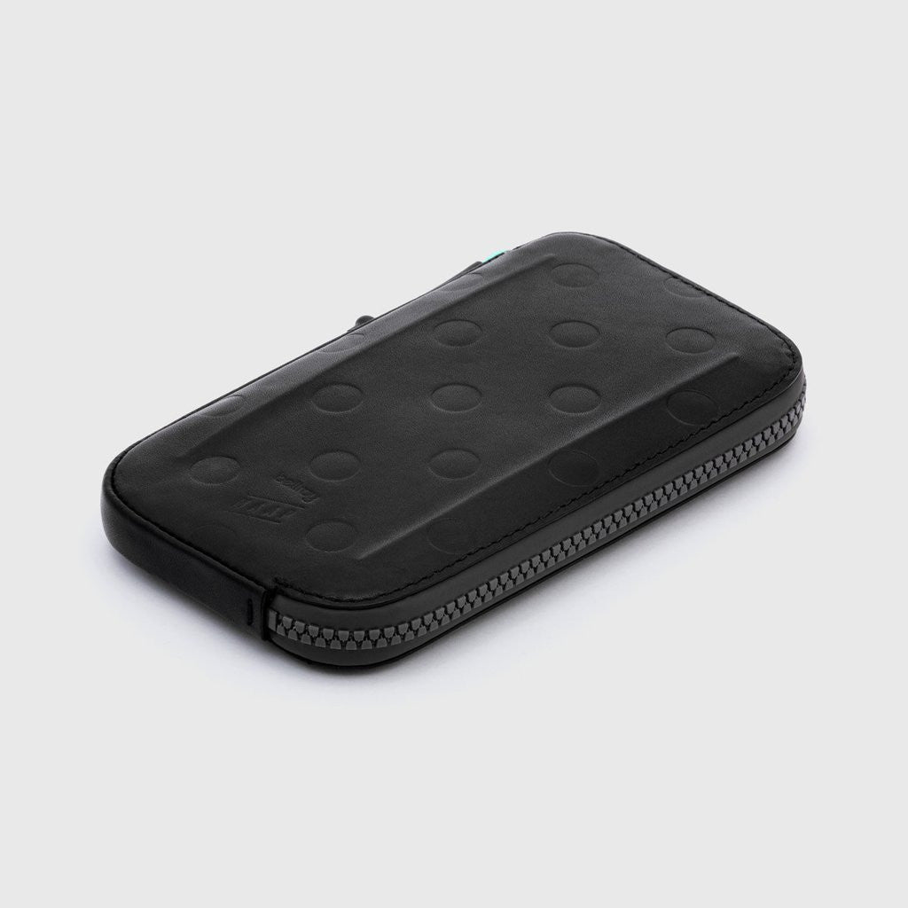 MAAP x Bellroy All-Conditions Phone Pocket | CYCLISM