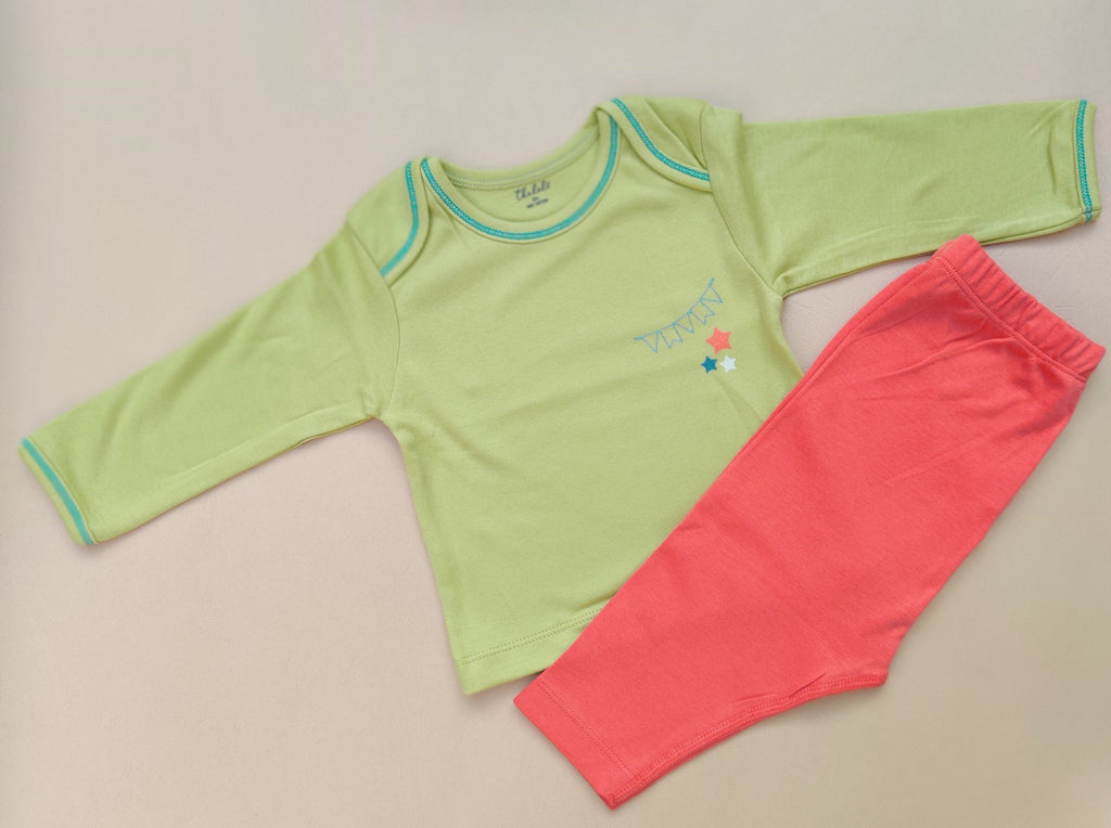 Thālelo Full Sleeve Party Streamer T-shirt and Pant Set- Green and Brick Red