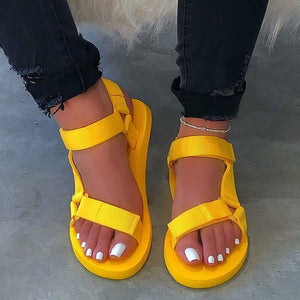 Flat With Open Toe Strappy Buckle Plain Sandals