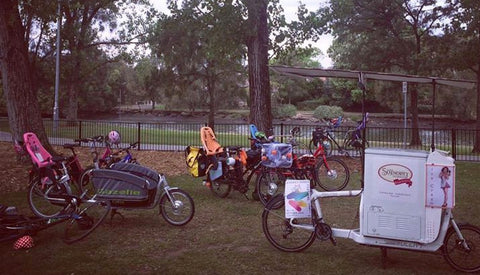 Glow Worm Bicycles family friendly rides and cargo bike picnic