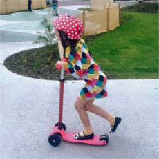 Micro Maxi microscooter in stock in pink