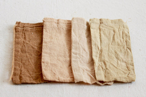 Organic cotton pouches dyed with alder cones