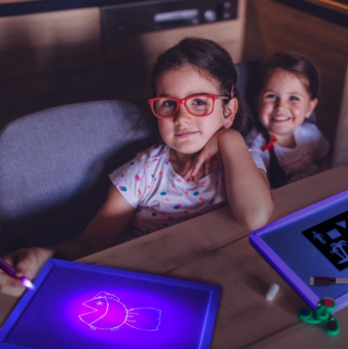 BUY 1 GET 2  LIGHT DRAWING - FUN AND DEVELOPING TOY!