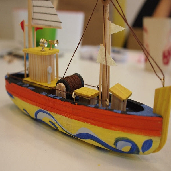 Captain your own treasure hunting boat