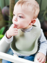Silicone bib by Nibble and Rest