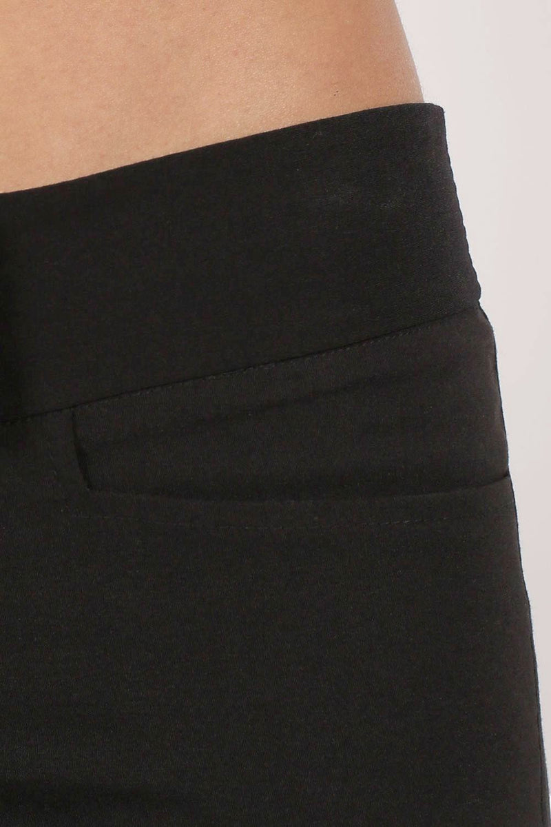 Extended Waistband Bootcut Leg Plain Trousers in Black 3