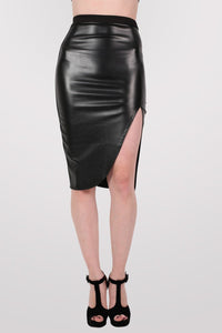 Leather Look Front Split Pencil Skirt in Black 1