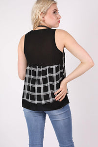Check Print Sleeveless Top in Black MODEL BACK