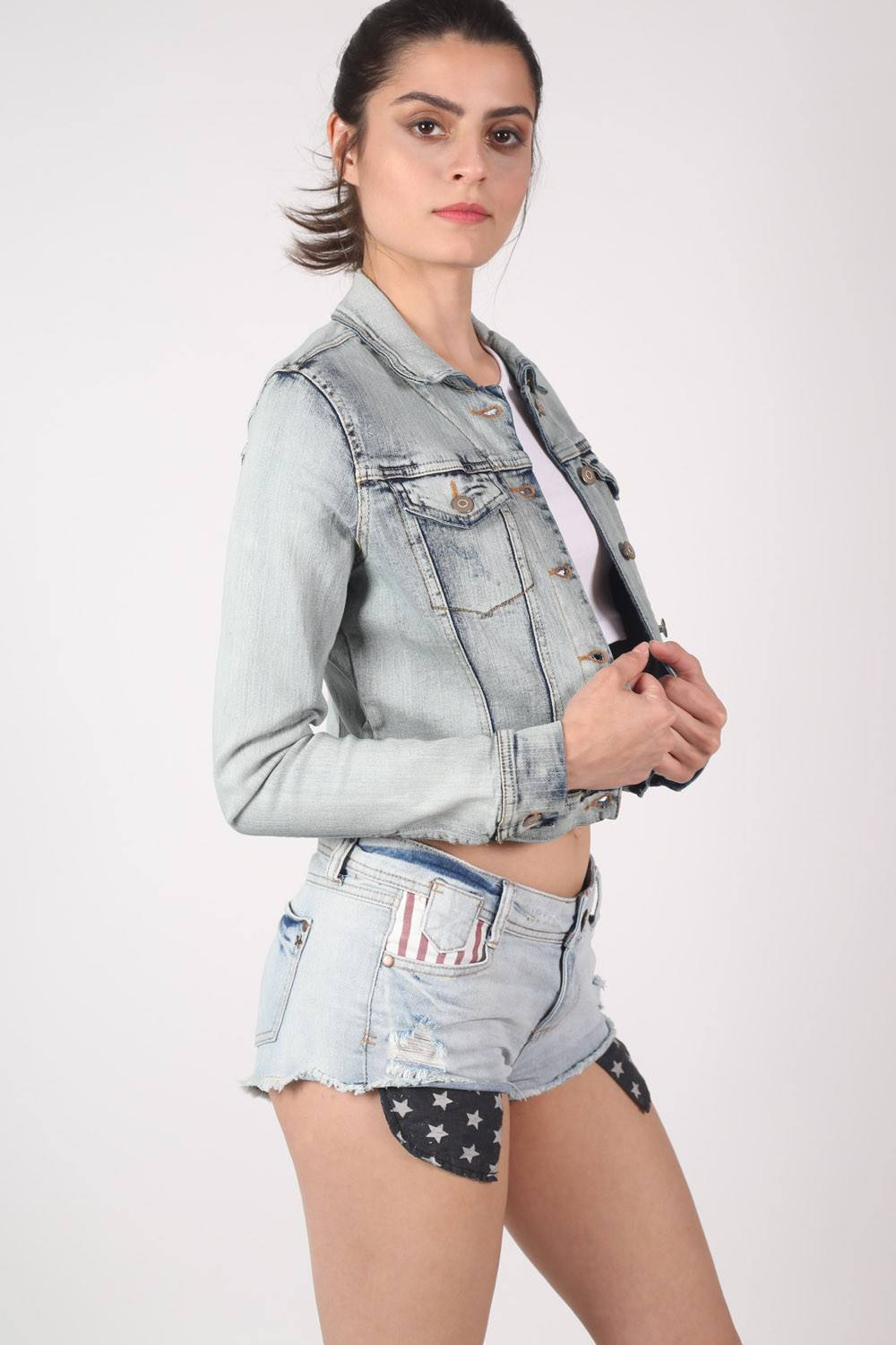 Vintage 2 Pocket Long Sleeve Denim Jacket in Light Denim 0