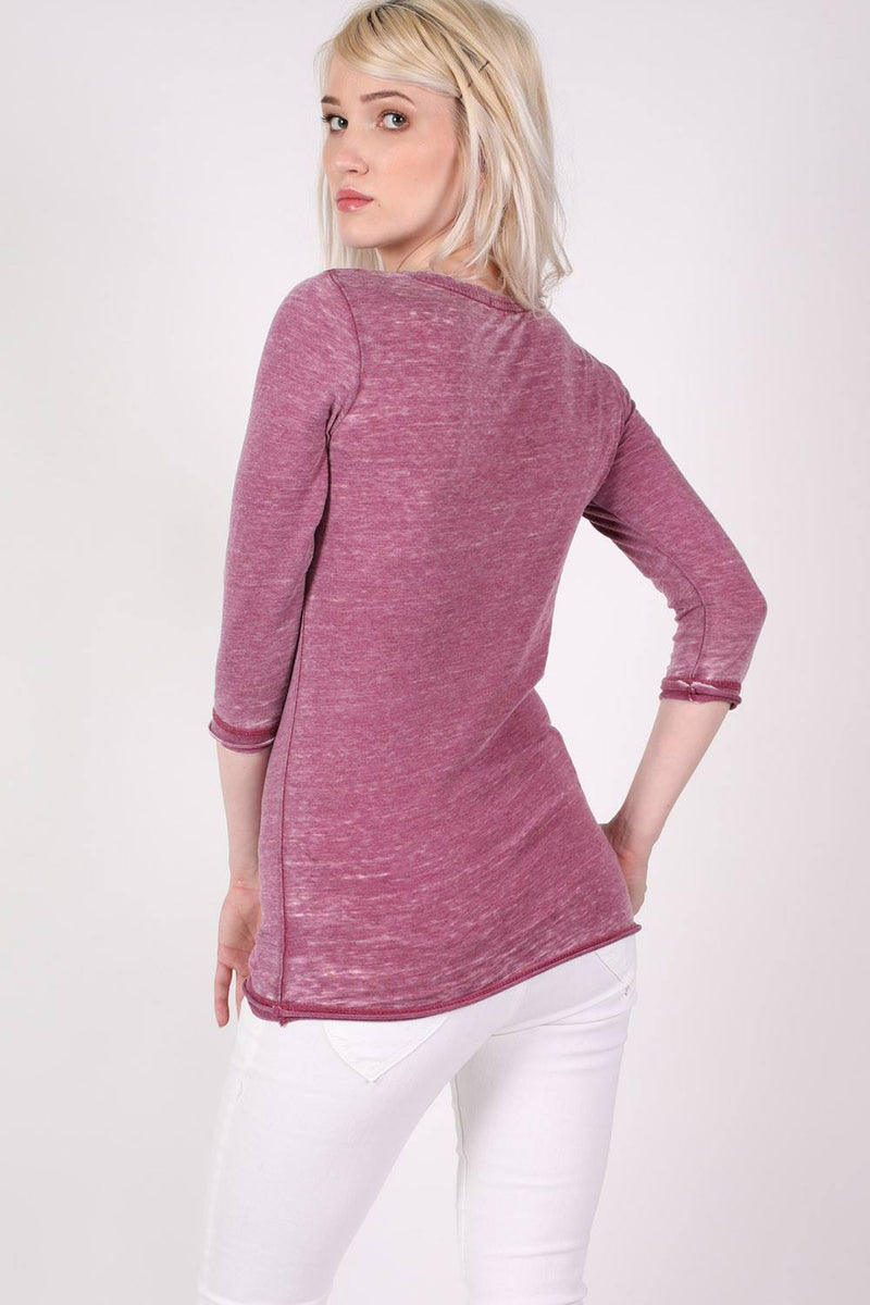 3/4 Sleeve Buttoned Scoop Neck Top in Burgundy Red MODEL BACK