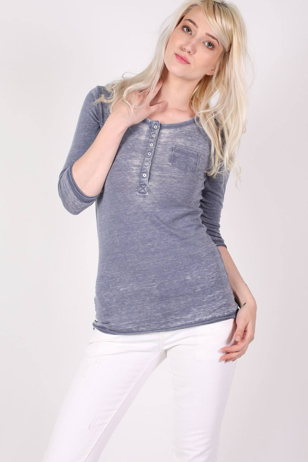 3/4 Sleeve Buttoned Scoop Neck Top in Denim Blue 0
