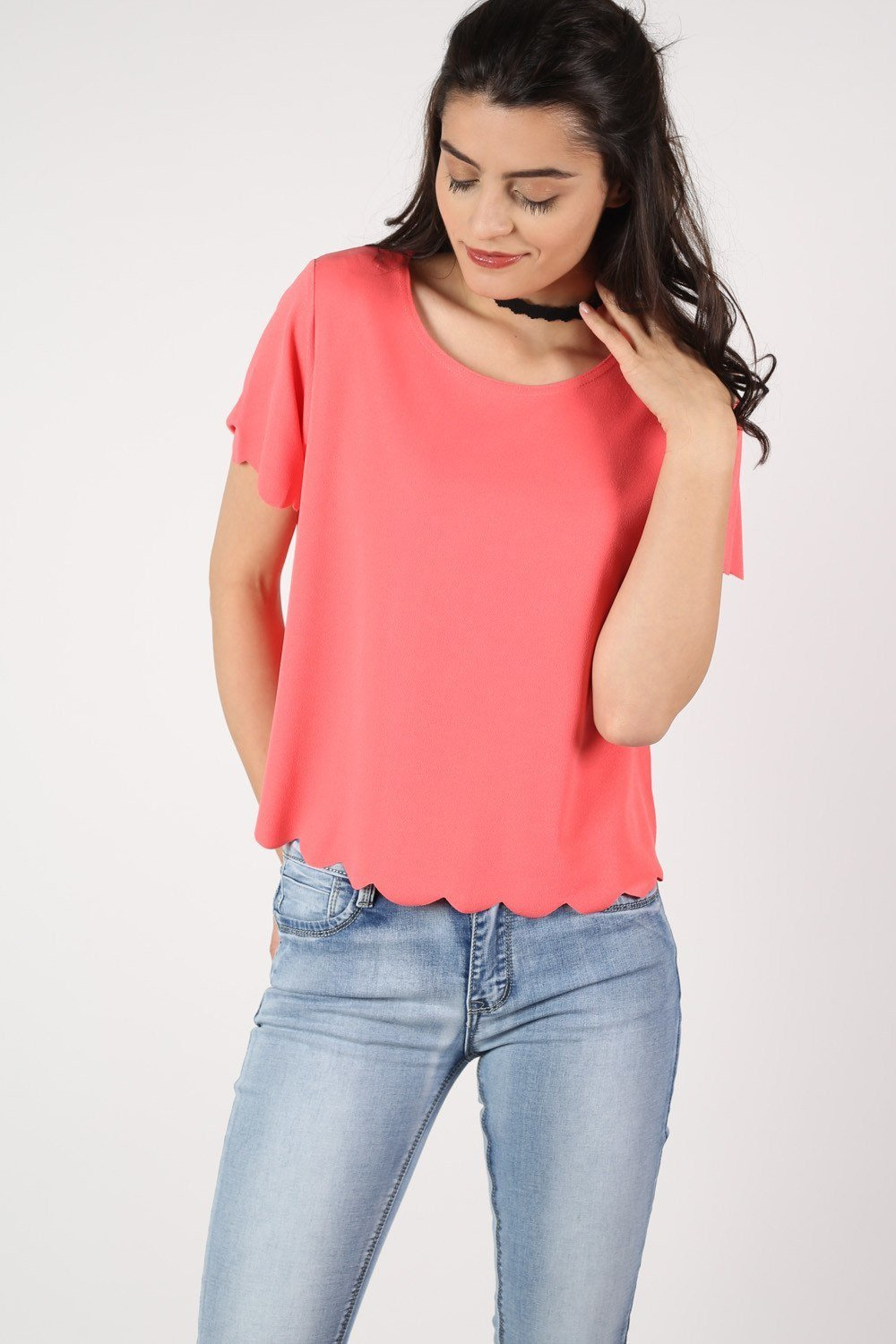 Crepe Scallop Edge Cap Sleeve Top in Coral 0