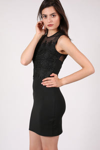 Lace And Mesh Trim Sleeveless Bodycon Dress in Black 1