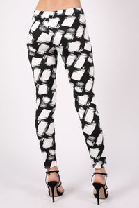 Abstract Check Print Leggings in Black MODEL BACK