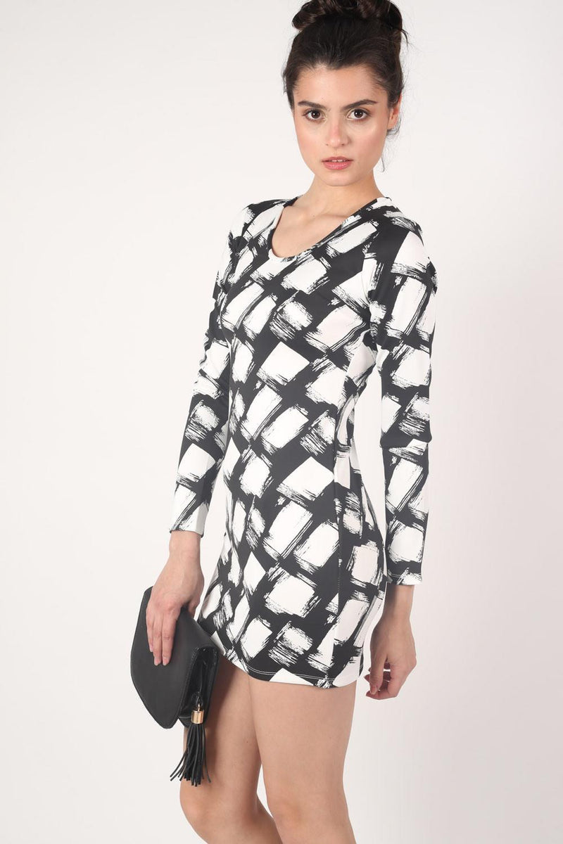 Abstract Check Print Long Sleeve Bodycon Dress in Black 0