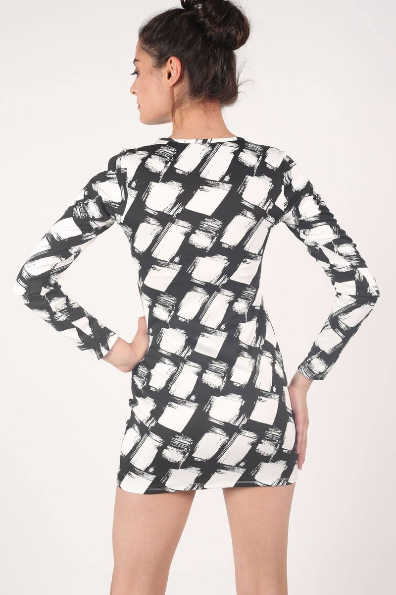 Abstract Check Print Long Sleeve Bodycon Dress in Black 4