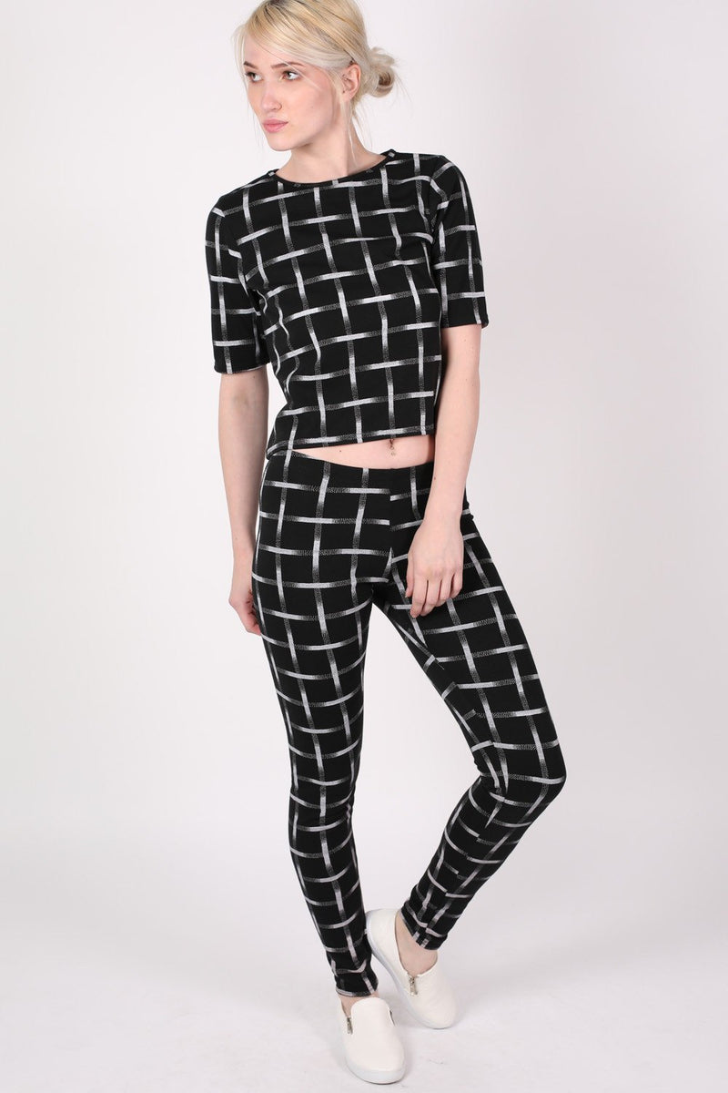 Grid Check Print Half Sleeve Boxy Crop Top in Black MODEL FRONT 2