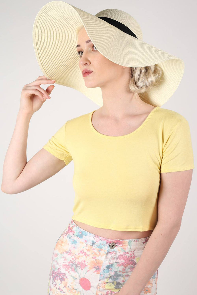Wide Brim Straw Floppy Hat in Cream 0