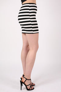 Stripe Mini Skirt in Black MODEL SIDE
