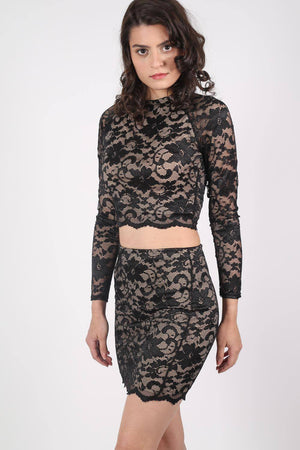 Long Sleeve Scallop Edge Lace Crop Top in Black MODEL FRONT