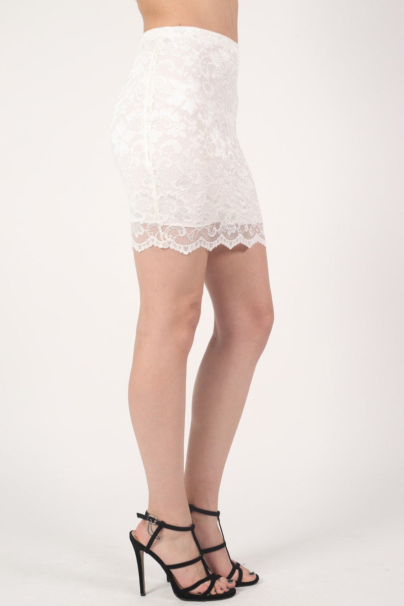 Scallop Edge Lace Mini Skirt in Cream 3