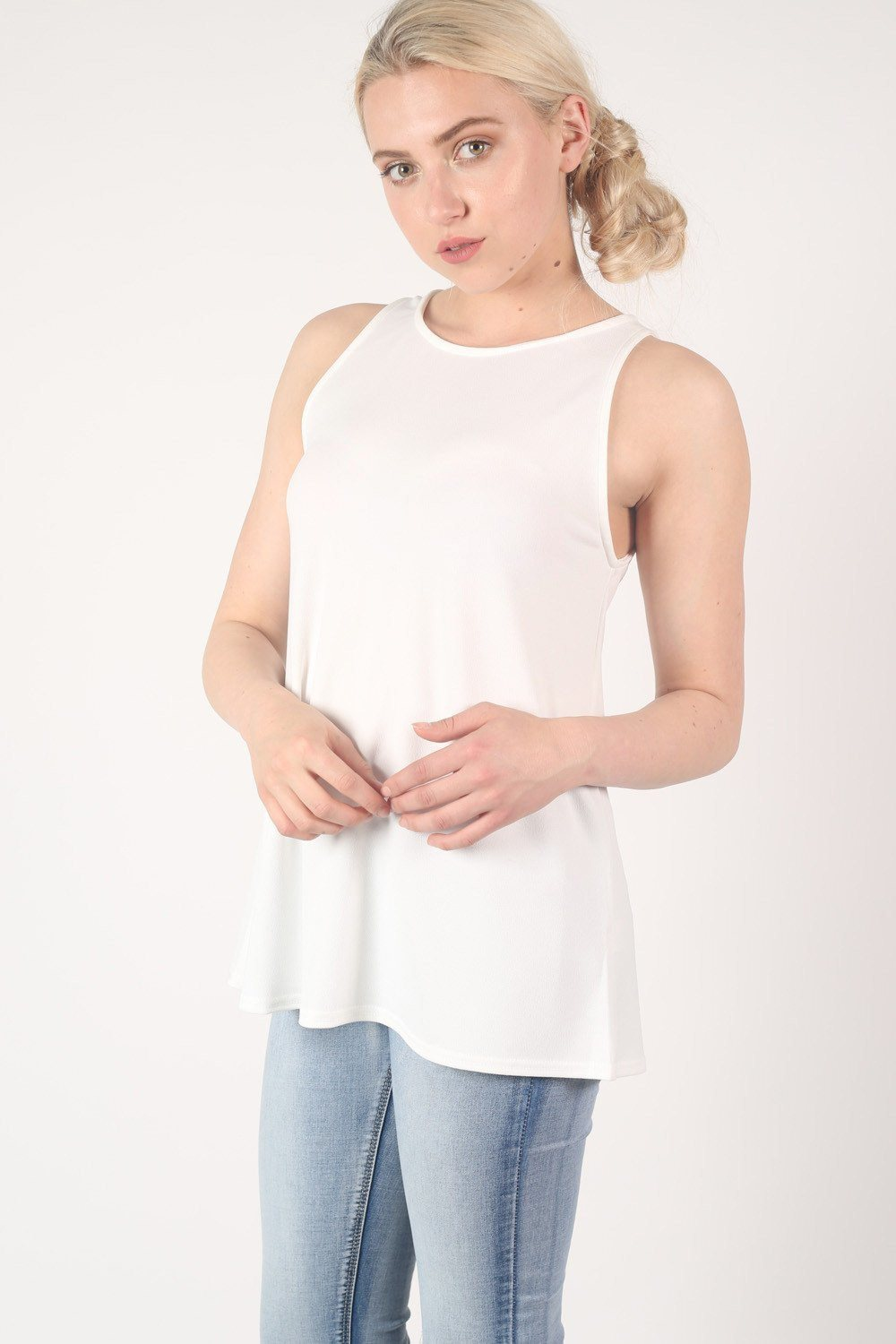 Sleeveless Split Back Top in Cream 0