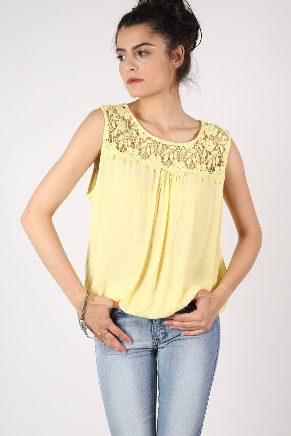 Crochet Trim Sleeveless Top in Yellow 0