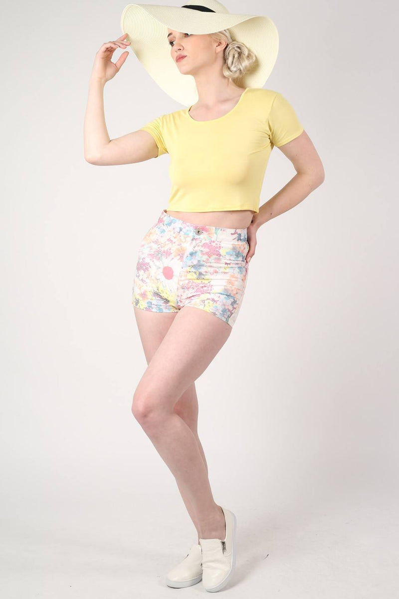 Floral Print Tube Shorts in White MODEL SIDE 2
