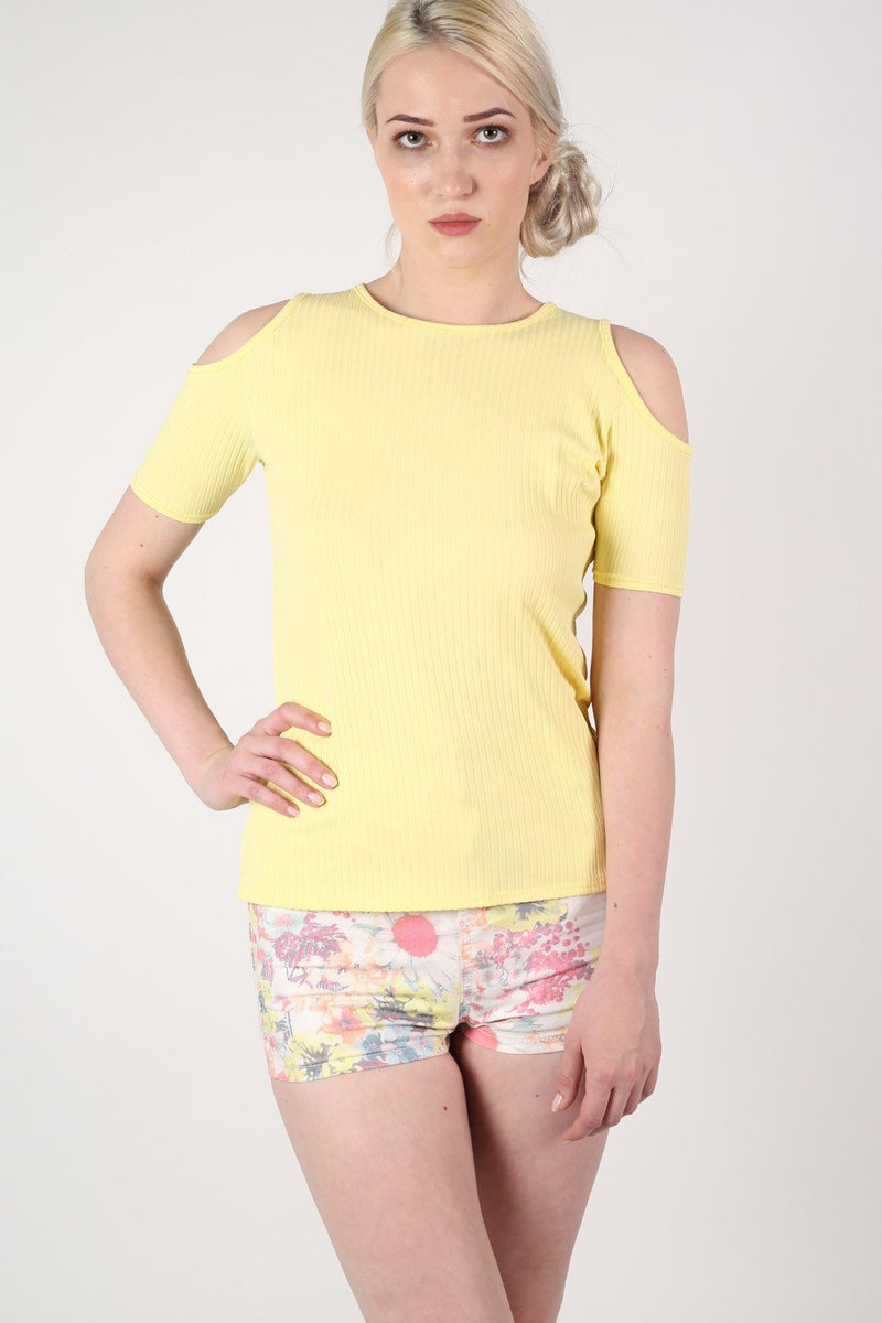 Cold Shoulder Ribbed Top in Yellow MODEL FRONT 2