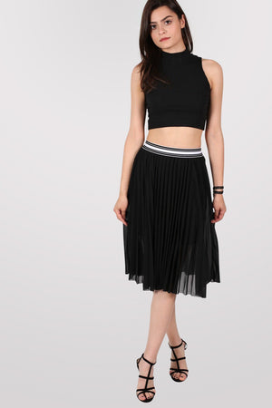 Pleated Midi Skirt in Black 0