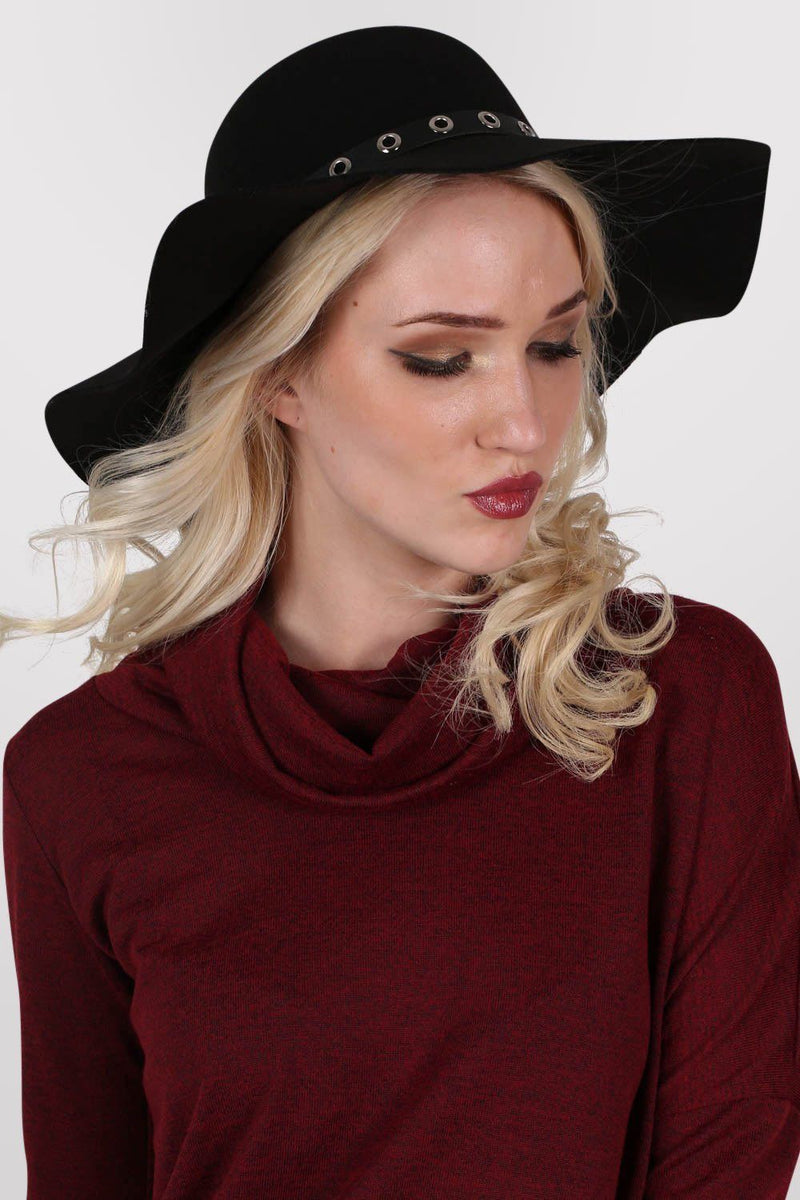 Floppy Hat With PU Eyelet Band in Black 1