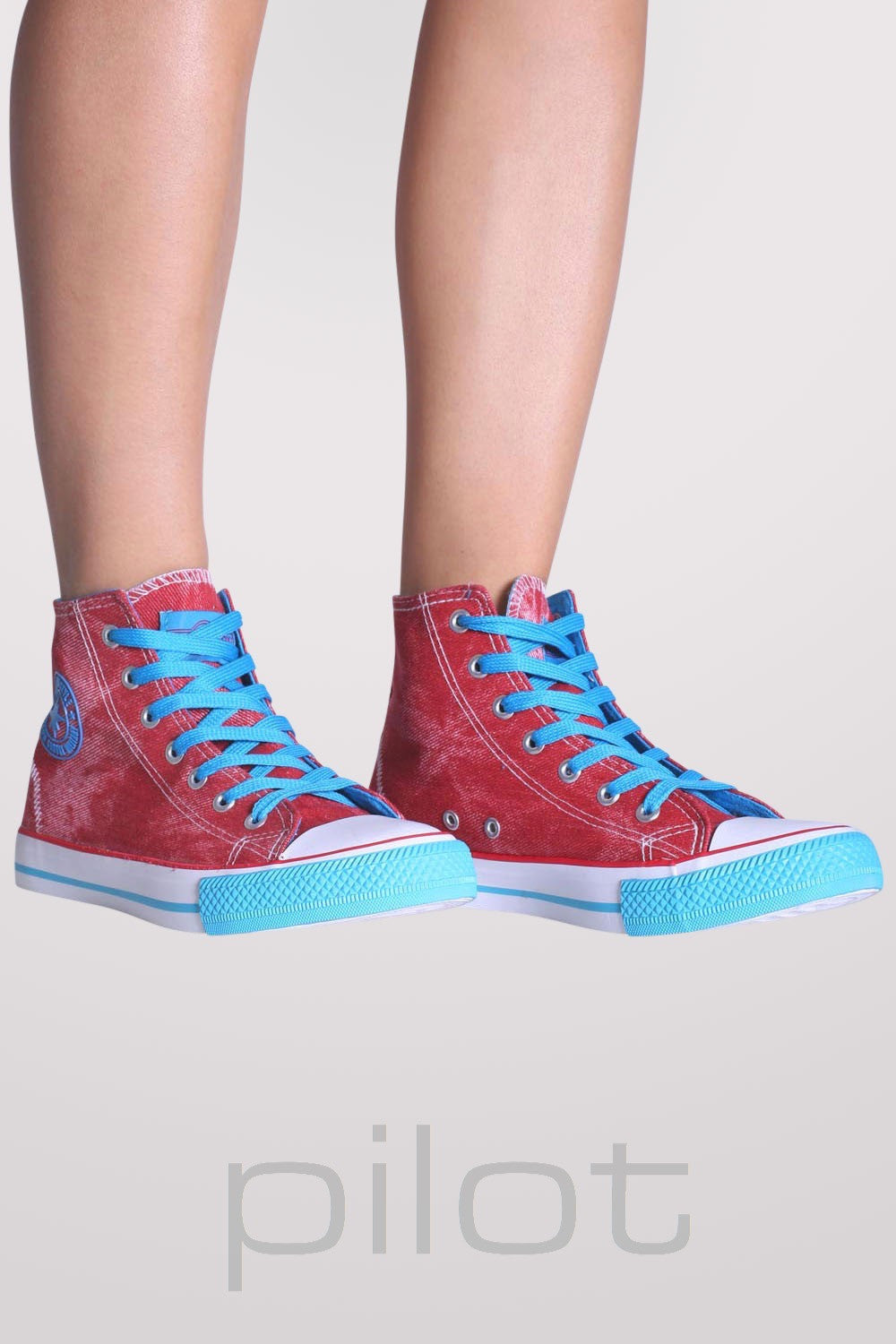 Ashlynn High Top Trainers in Red 1