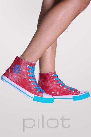 Ashlynn High Top Trainers in Red 2