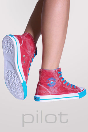 Ashlynn High Top Trainers in Red 3