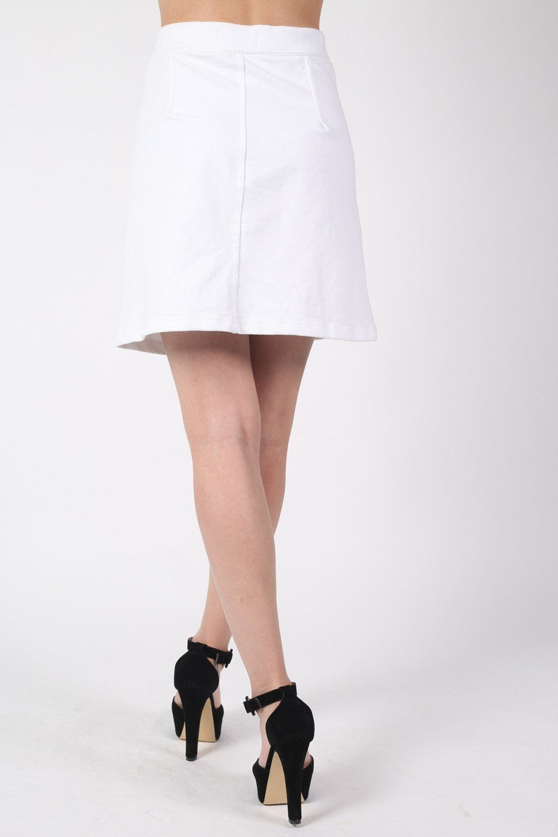 Patch Pocket Button Front Mini Skirt in White 3