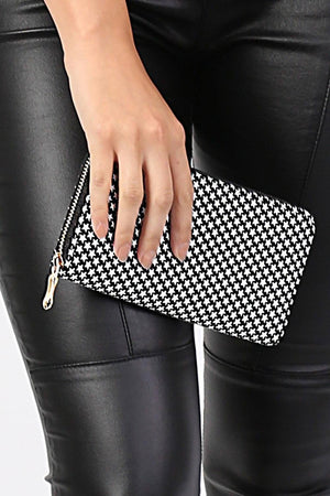 Embossed Star Clutch Purse in Black 1