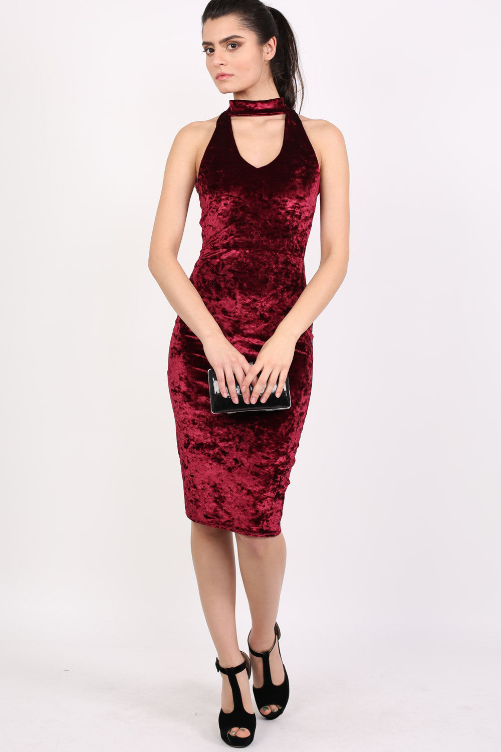 9a5e25ef8c5b Sleeveless Crushed Velvet Choker Bodycon Dress in Wine Red MODEL FRONT