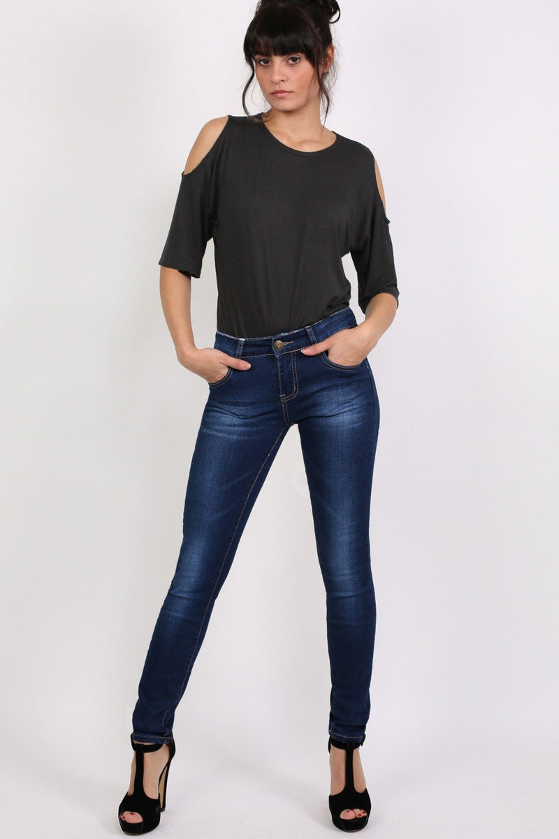 Dark Wash Skinny Jeans in Dark Denim 0