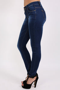 Dark Wash Skinny Jeans in Dark Denim 3