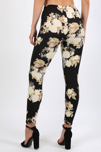 Floral Print Design Leggings in Black 1