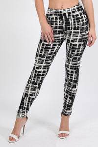 Abstract Check Print Leggings in Black 0
