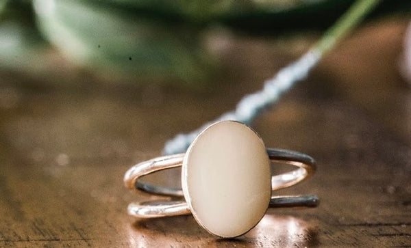 Double stranded oval ring