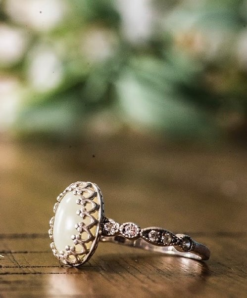 Oval Ornate Ring