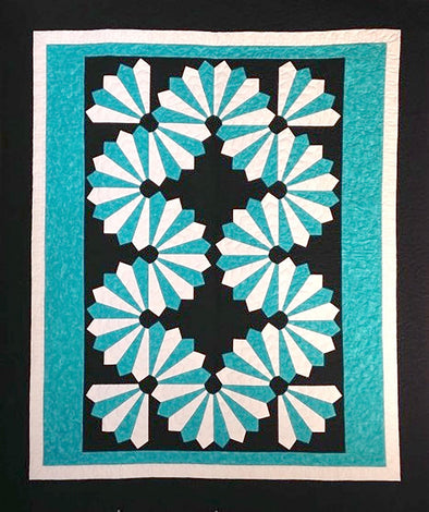 Cut Loose Press Dynamic Dresden Quilt