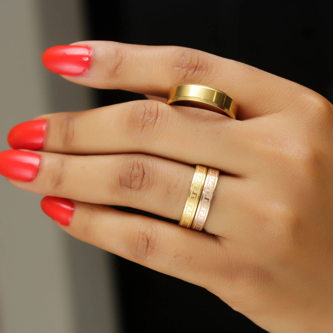 Wedding-Ring-Set-Gold-Plated-15kweddingrings.jpg