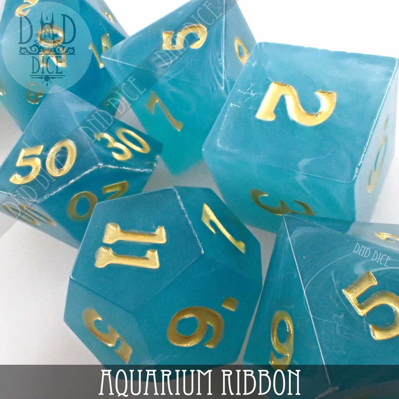 Aquarium Ribbon Dice Set