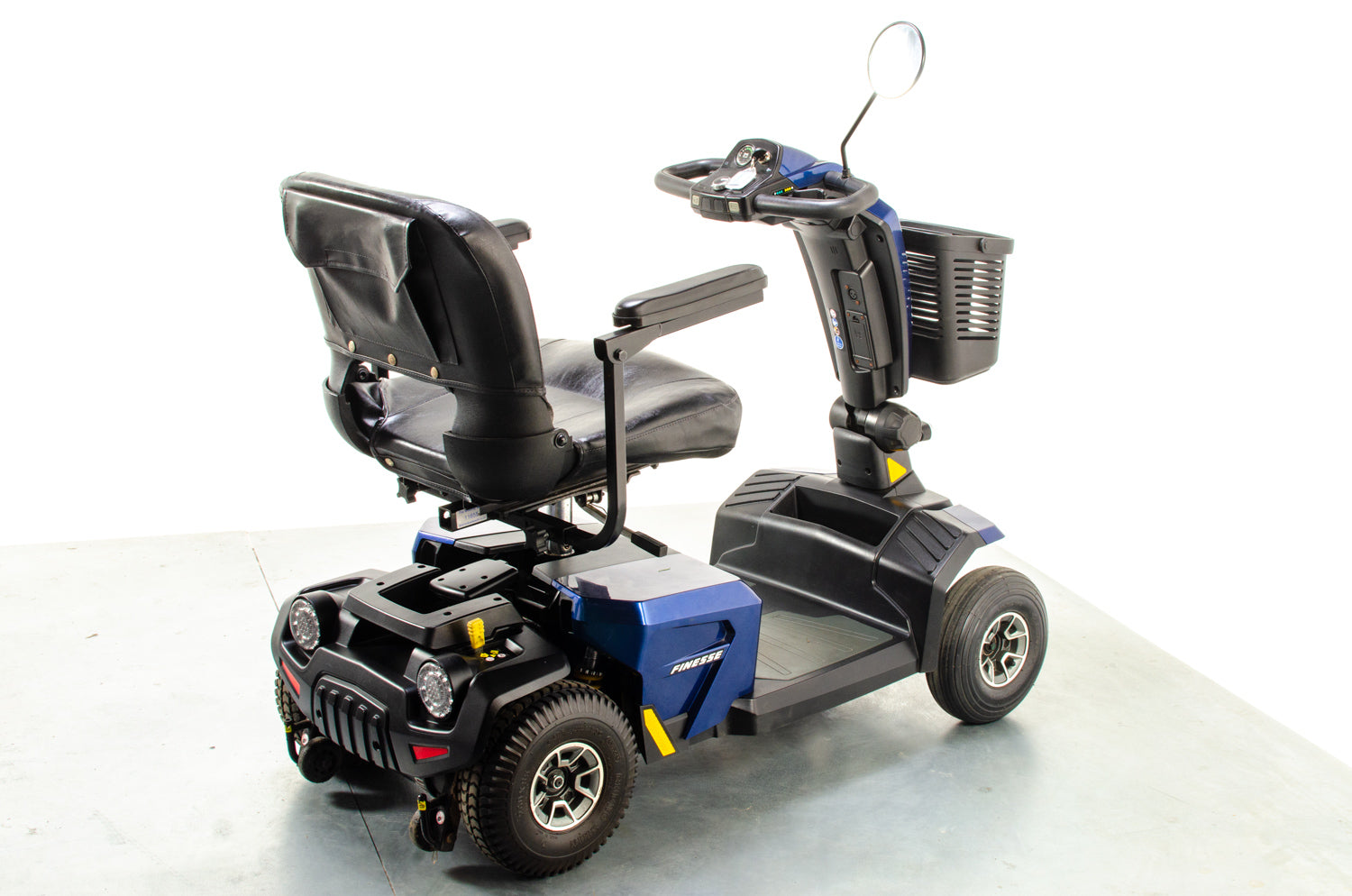 Pride Apex Finesse Used Mobility Scooter Suspension Transportable Pavement