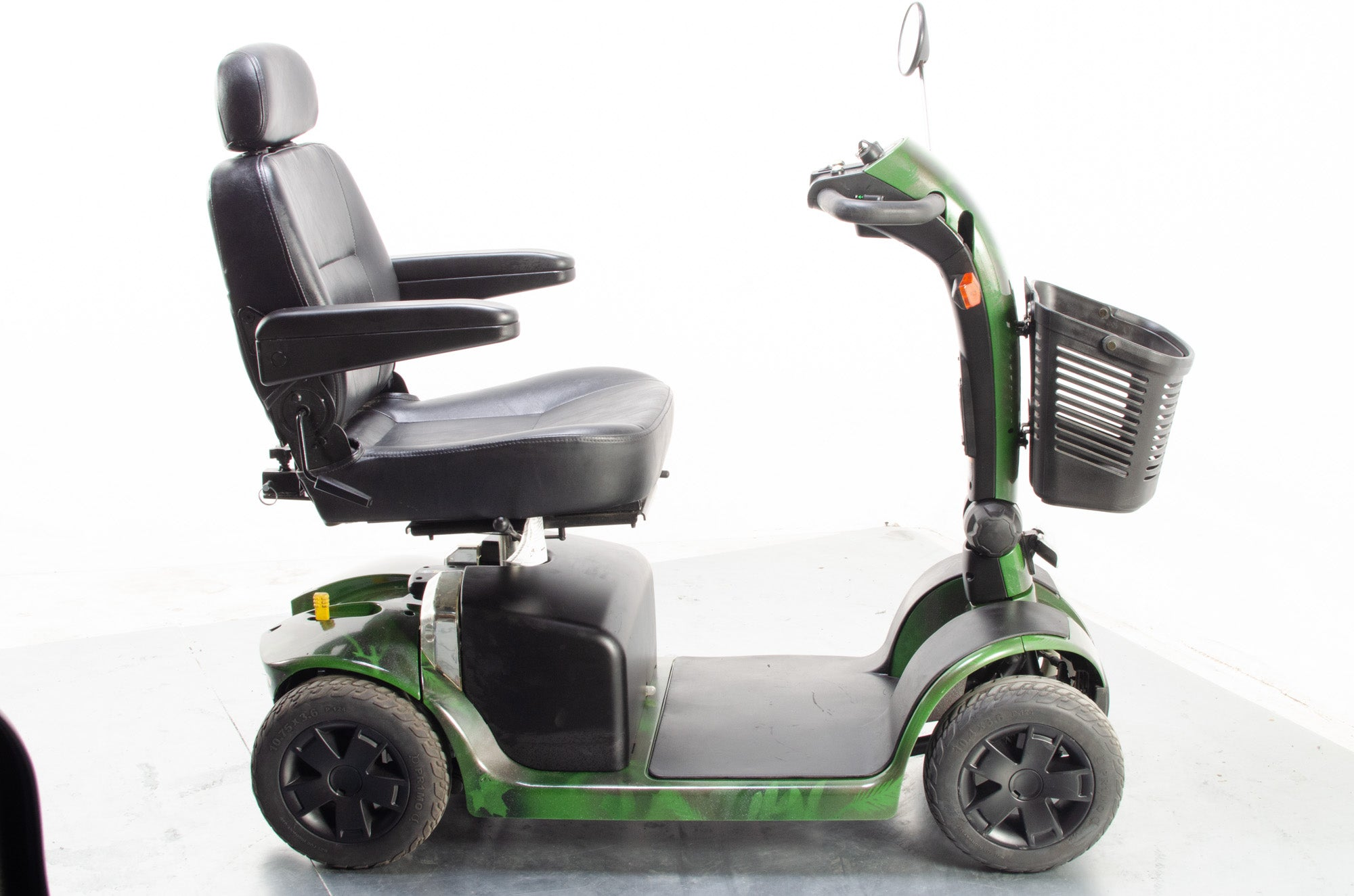2014 Pride Colt Plus Electric Mobility Scooter 4mph Mid Size Transportable Camouflage Green