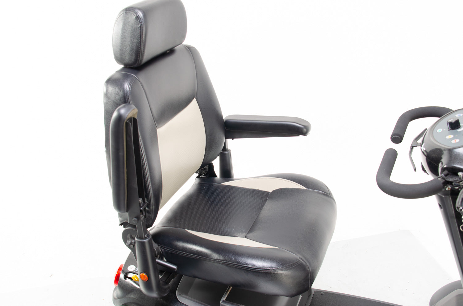 2016 Van Os Galaxy II 2 8mph Large Comfort Class 3 Mobility Scooter in Black